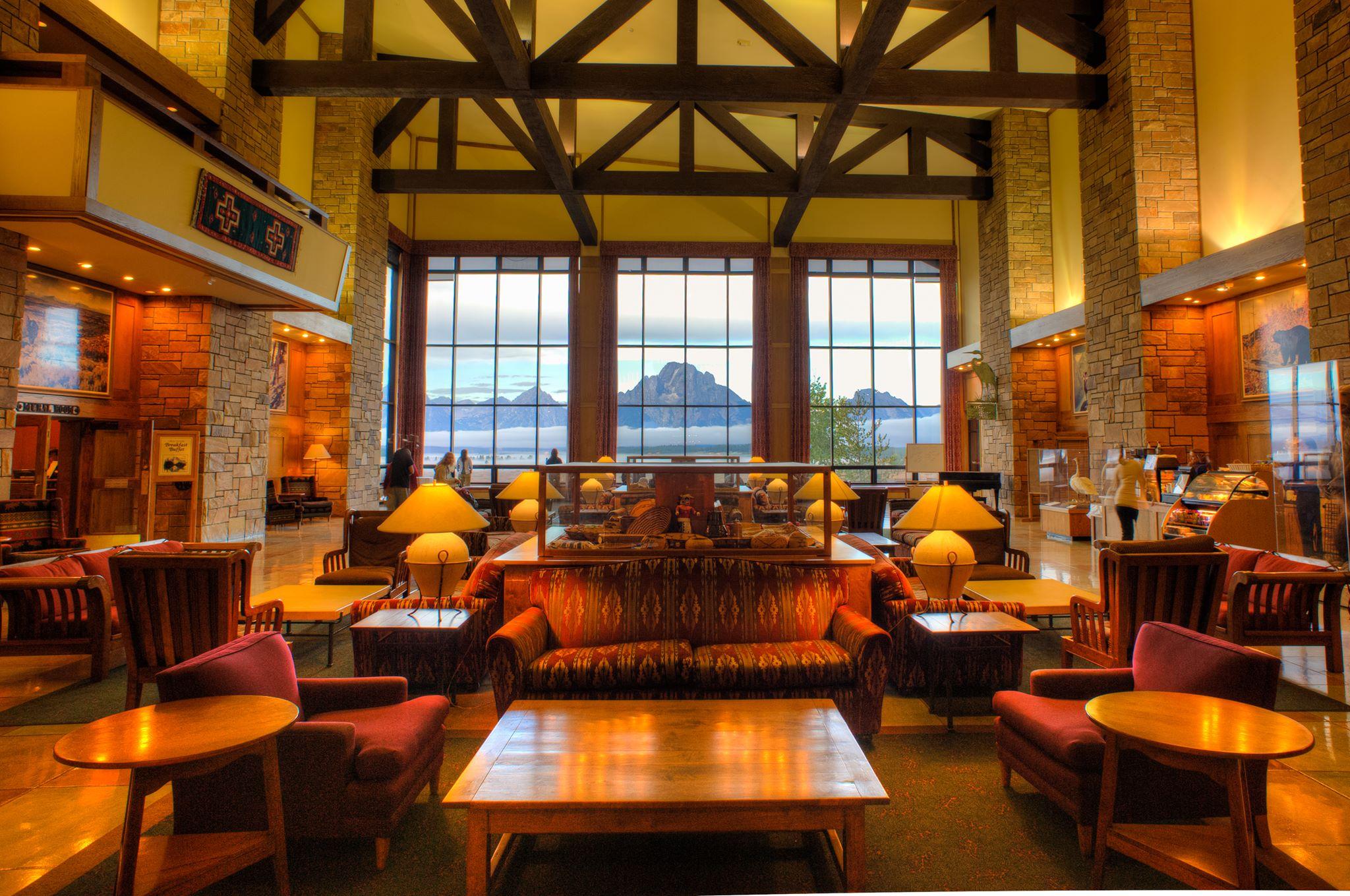 Jackson Lake Lodge - Jackson Hole Lodging