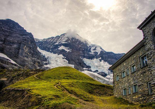 Hiking the Eiger Trail